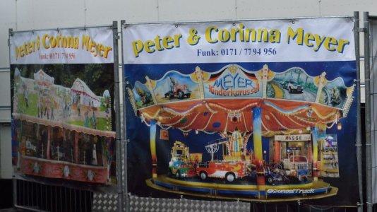 2015-07-12 10 D - Peter & Corinna Meyer Kinderkarussell.jpg